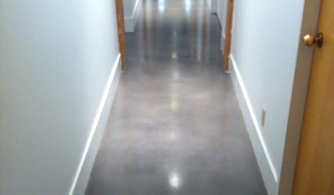 Concrete overlay floor